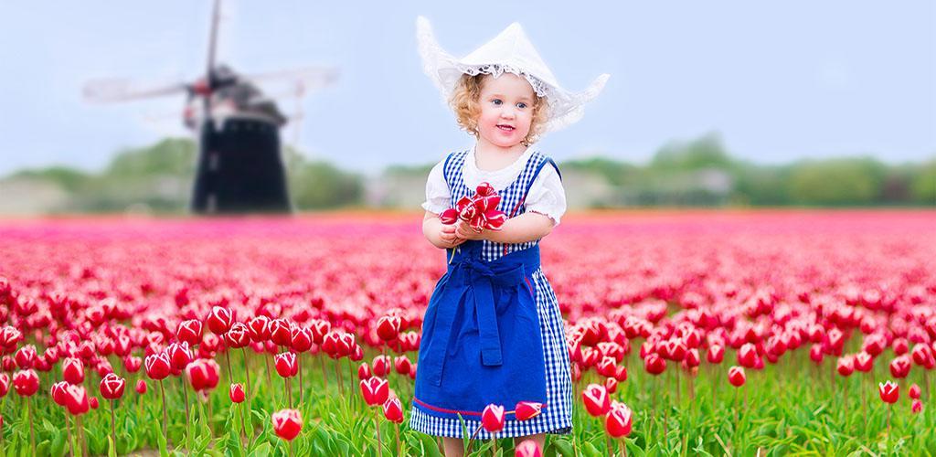 Keukenhof - Meisje tussen de tulpen