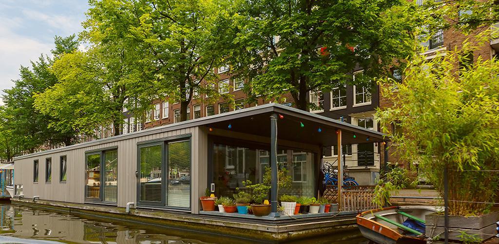 Rondvaarten in Amsterdam - Woonboot